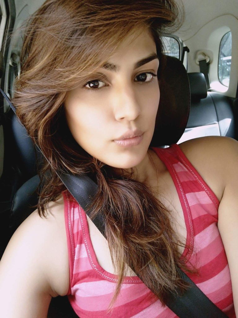 Rhea Chakraborty New HD Pics