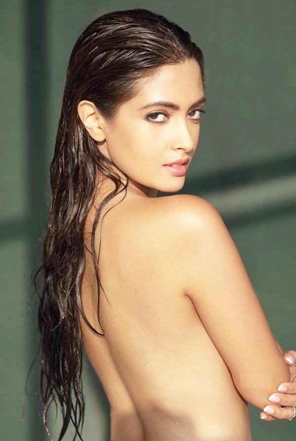 Riya Sen Bold Topless Images