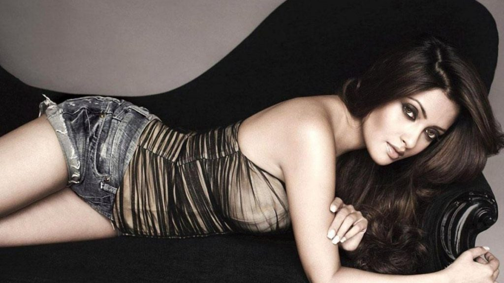 Riya Sen Full HD Wallpapers
