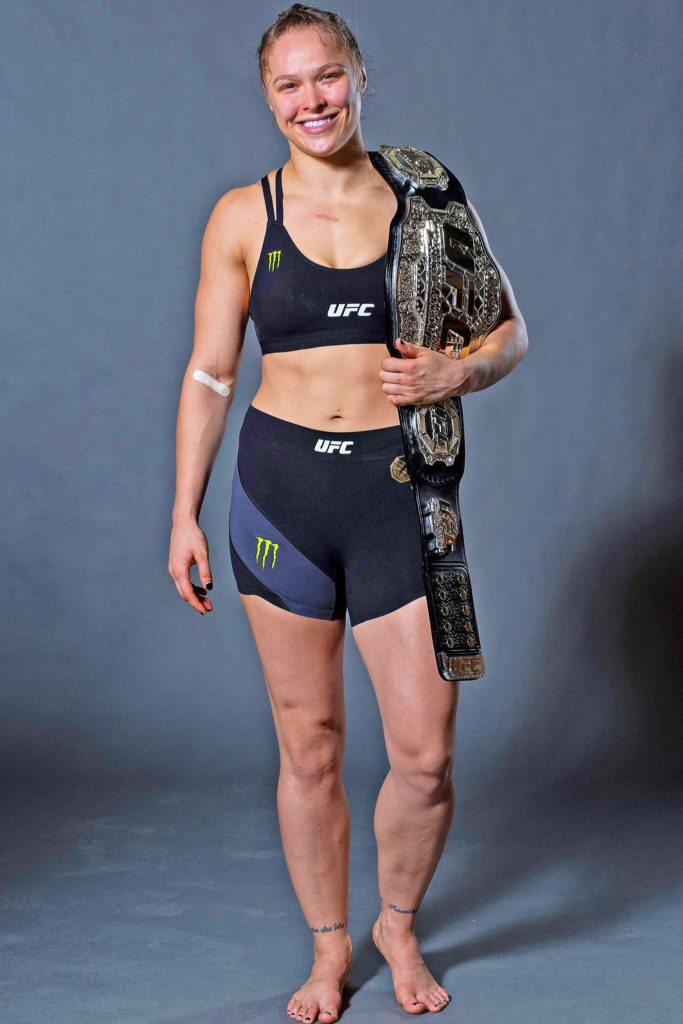 Ronda Rousey Lovely & Cute Pics