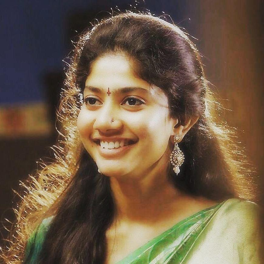 Sai Pallavi Sizzling Photos