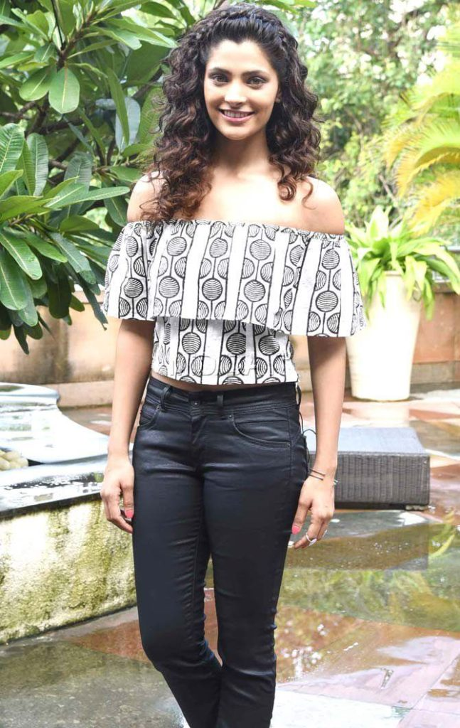 Saiyami Kher Hot Pics In Gardan