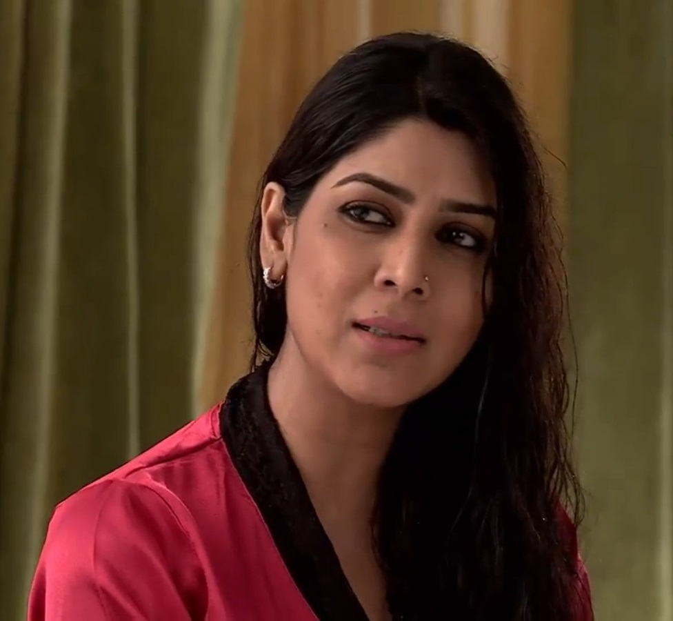 Sakshi Tanwar Photos
