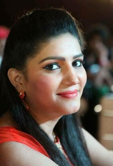 Sapna Choudhary Hot & Sizzling Images
