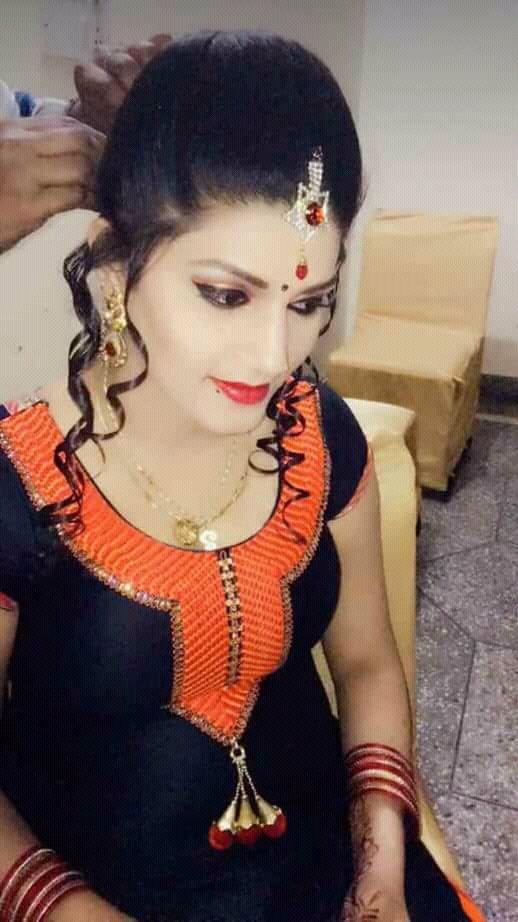 Sapna Choudhary Sexy Photos HD