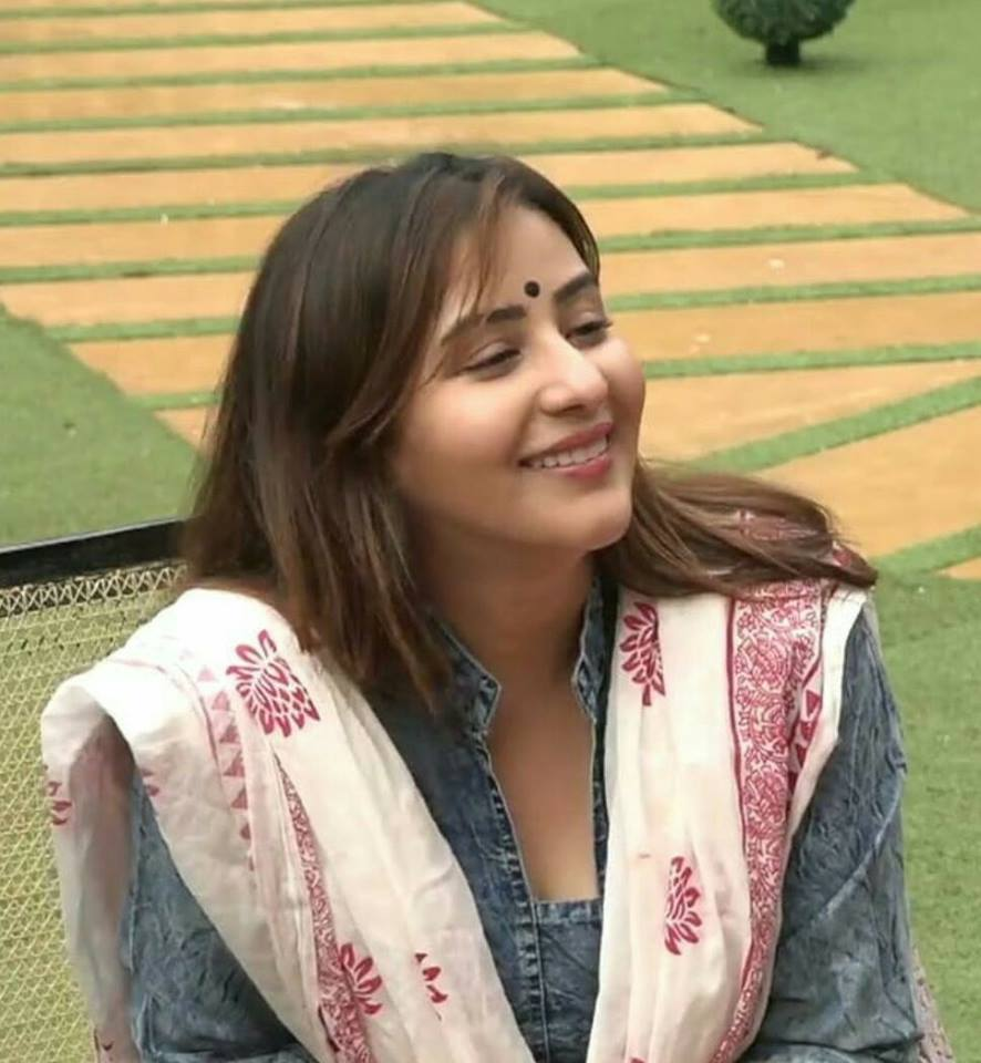Shilpa Shinde Cute Pics