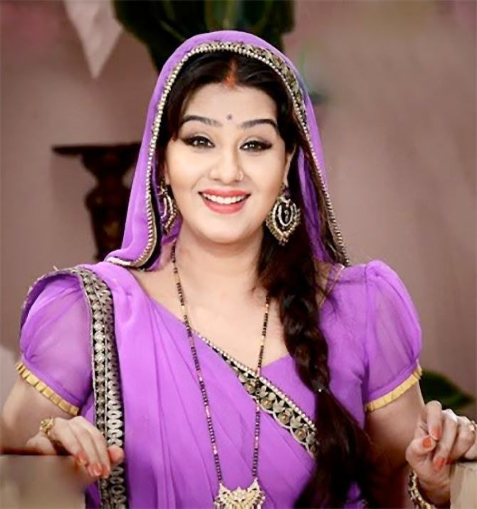 Shilpa Shinde Latest Style Images