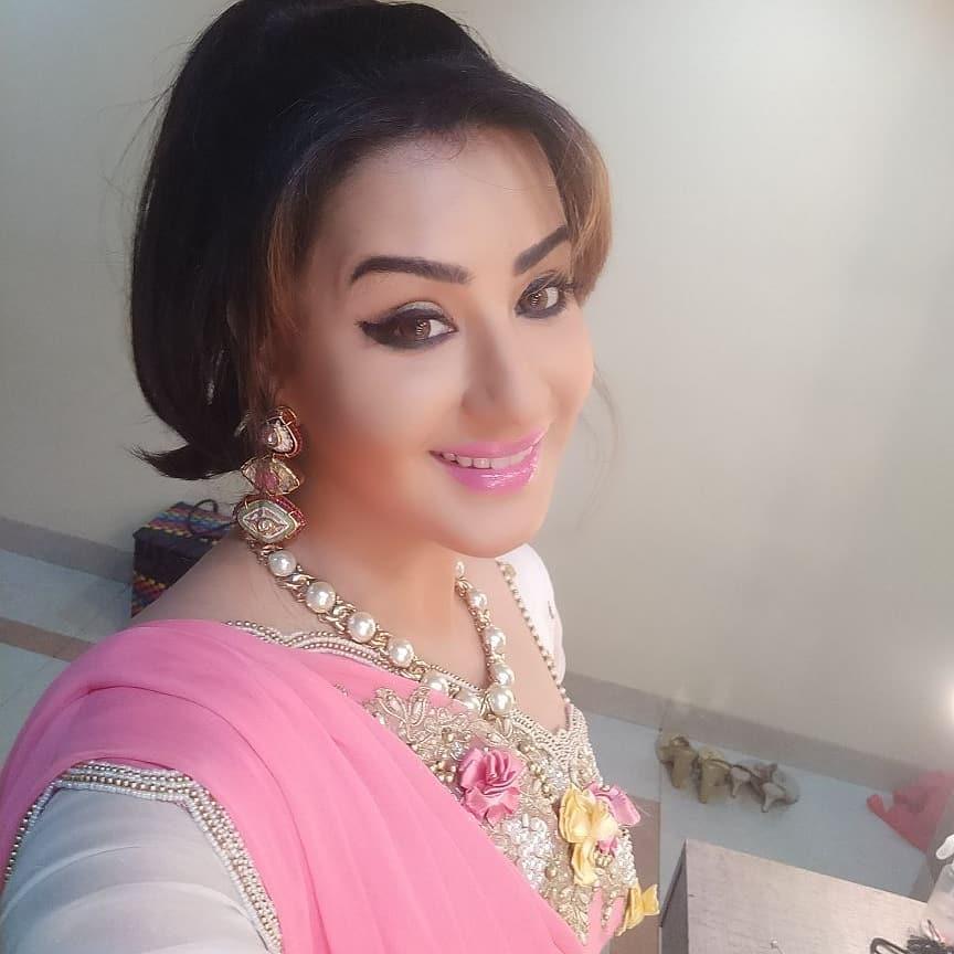 Shilpa Shinde Sexy Photos