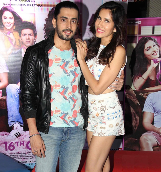 Sonnalli Seygall Hot Images With Sunny Singh