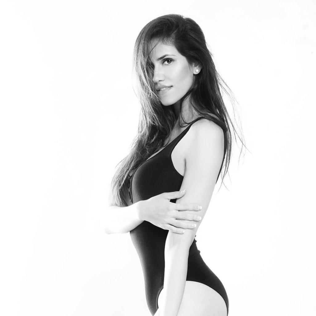 Sonnalli Seygall Hot In Bikini Photos