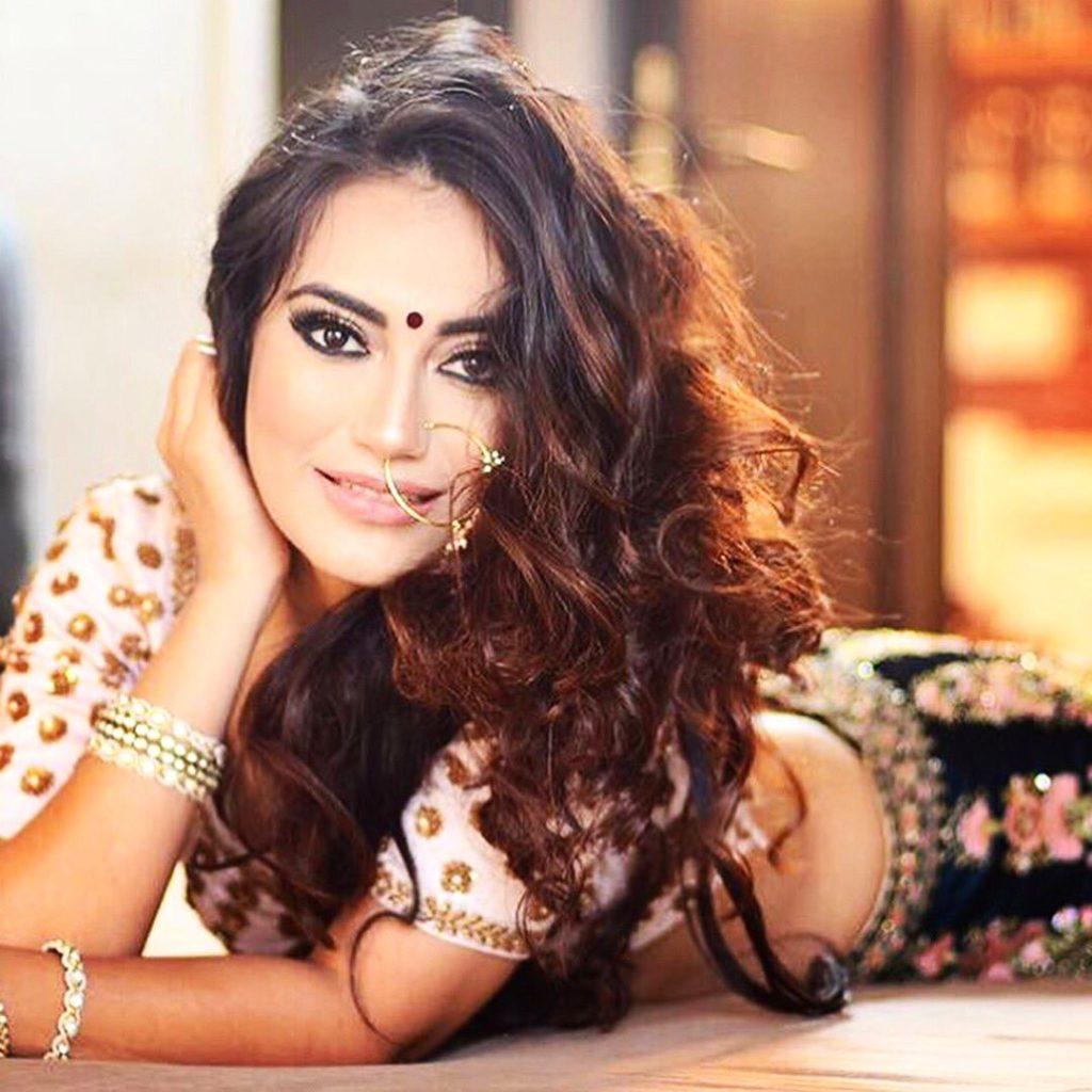 Surbhi Jyoti Sexy