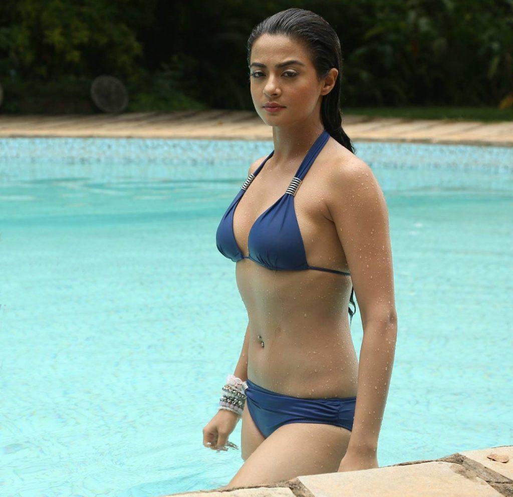 Surveen Chawla In Bra Bikini Photoshoot