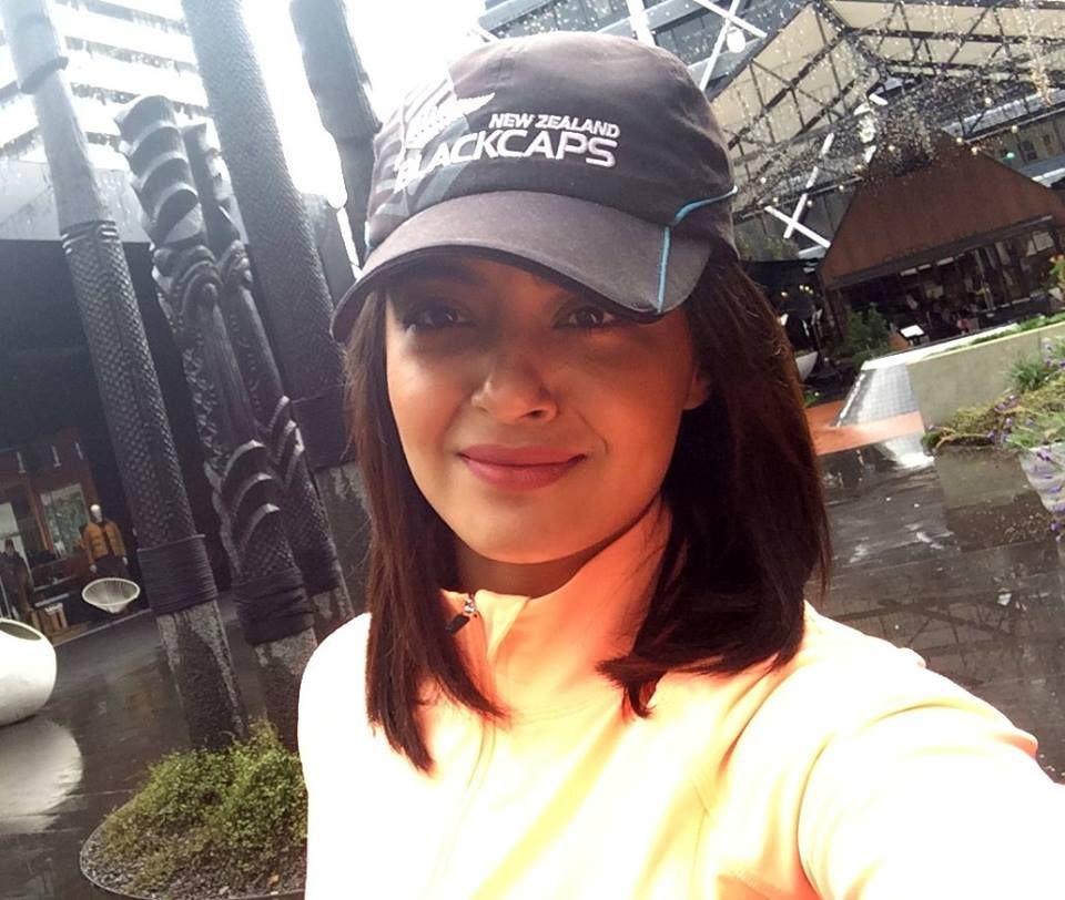 Surveen Chawla Latest New Selfie Pics