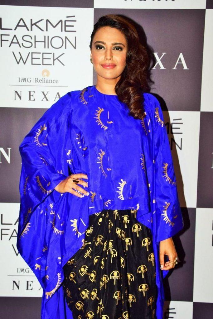 Swara Bhaskar Hot In Salwaar Kameez HD Pics