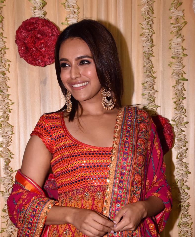 Swara Bhaskar Spicy Pics HD