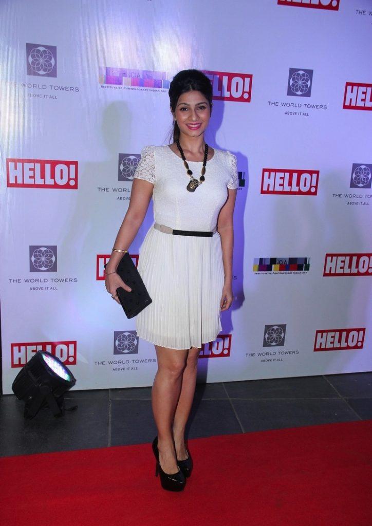 Tanishaa Mukerji Pics In Short Cloths