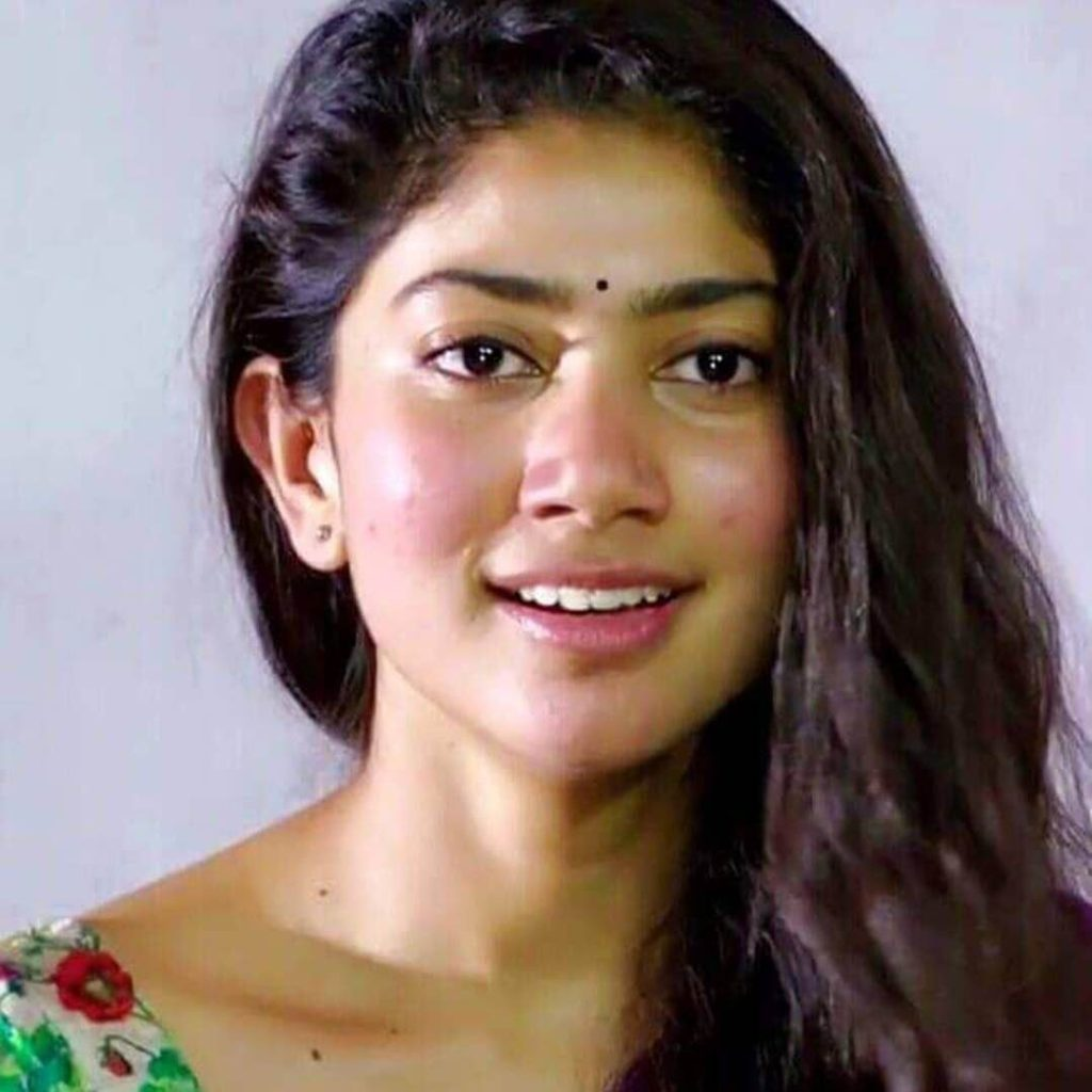 Tollywood Actress Sai Pallavi Photos Download