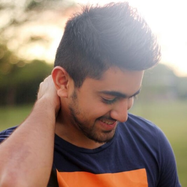 Zain Imam Cute Smile Pics