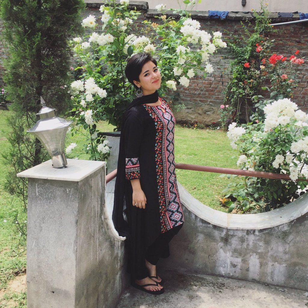 Zaira Wasim Bold Unseen Images Download