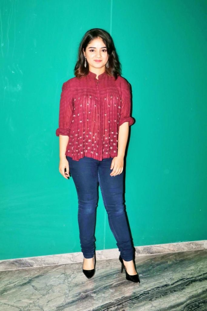 Zaira Wasim Hot HD Images Gallery At Event
