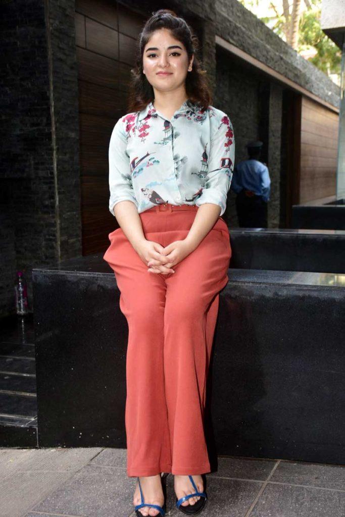 Zaira Wasim Latest New Hair Style Pics