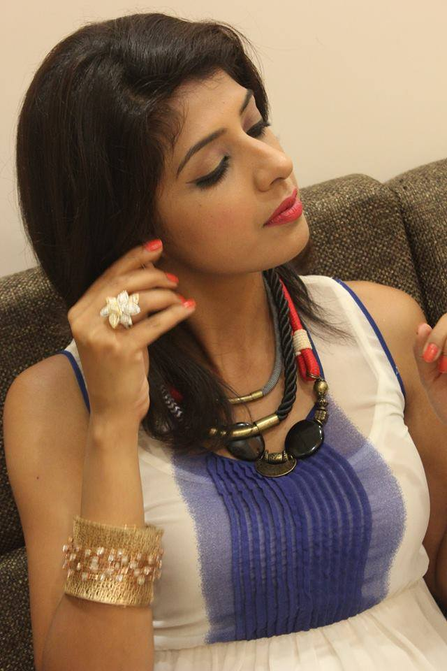 Aishwarya Sakhuja Beautiful Images