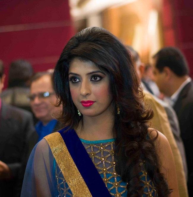 Aishwarya Sakhuja Images Free Download