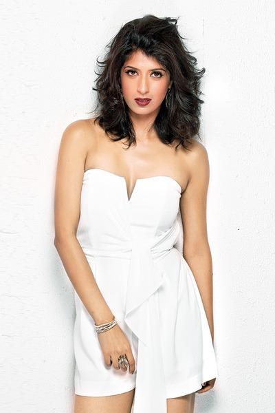 Aishwarya Sakhuja Nice Images In Bra Panty