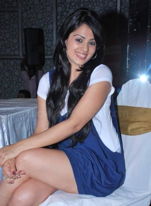Anjana Sukhani HD Images