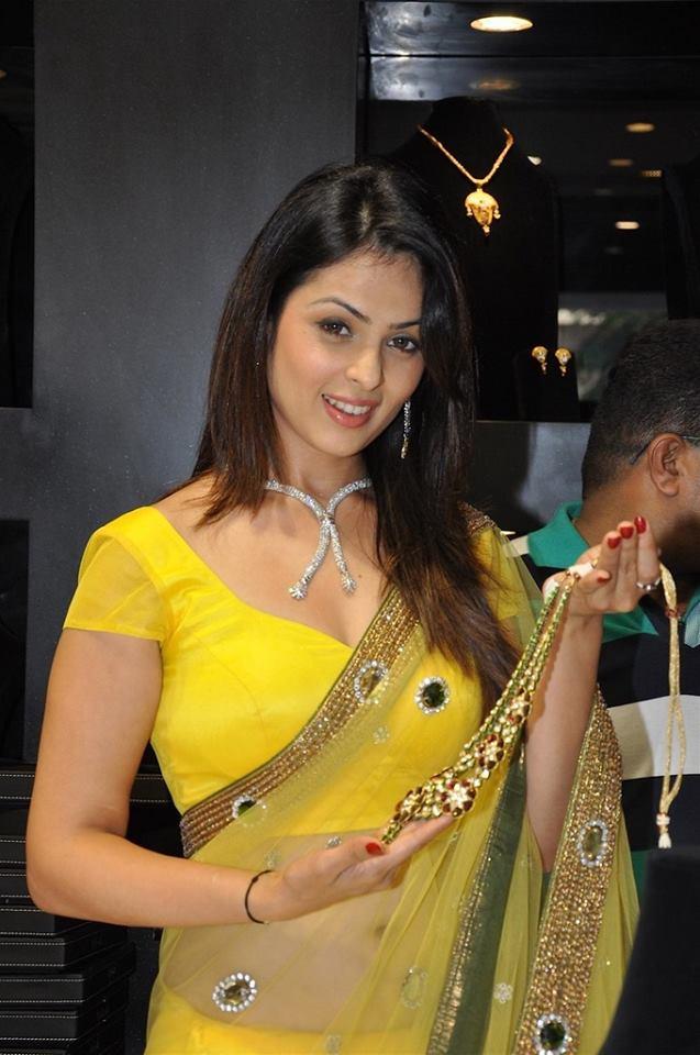 Anjana Sukhani Latest Hair Style Images