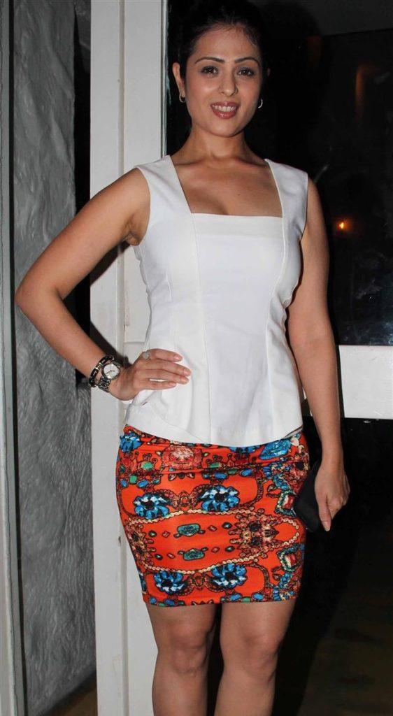 Anjana Sukhani Photos In Bra Panty