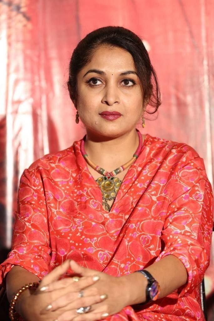 Bahubali Fame Actress Ramya Krishnan HD Pics