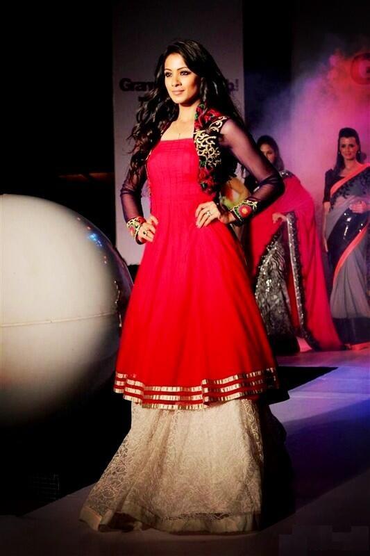 Barkha Bisht HD Images At Rampwalk