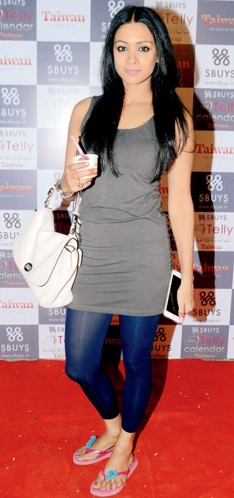 Barkha Bisht Hot Images In Jeans Top