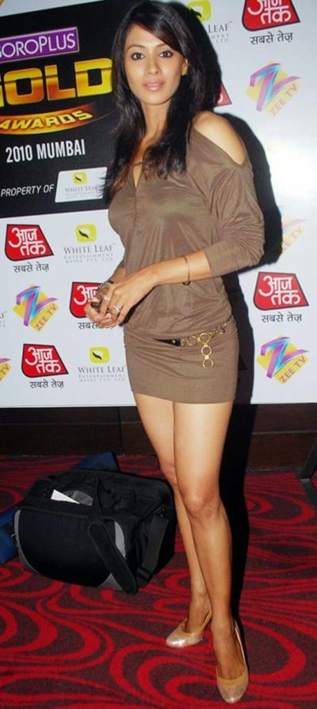 Barkha Bisht Sexy Pics
