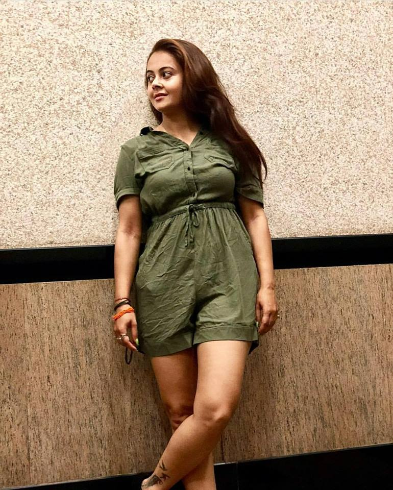 Devoleena Bhattacharjee Hot Images In Short Clothes