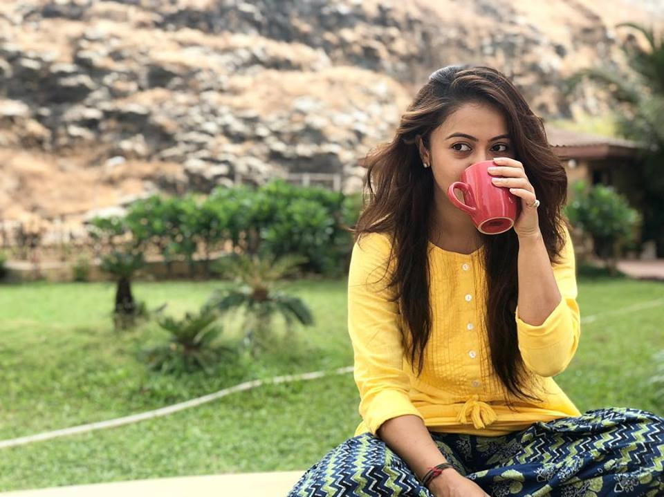 Devoleena Bhattacharjee Hot Pictures Download