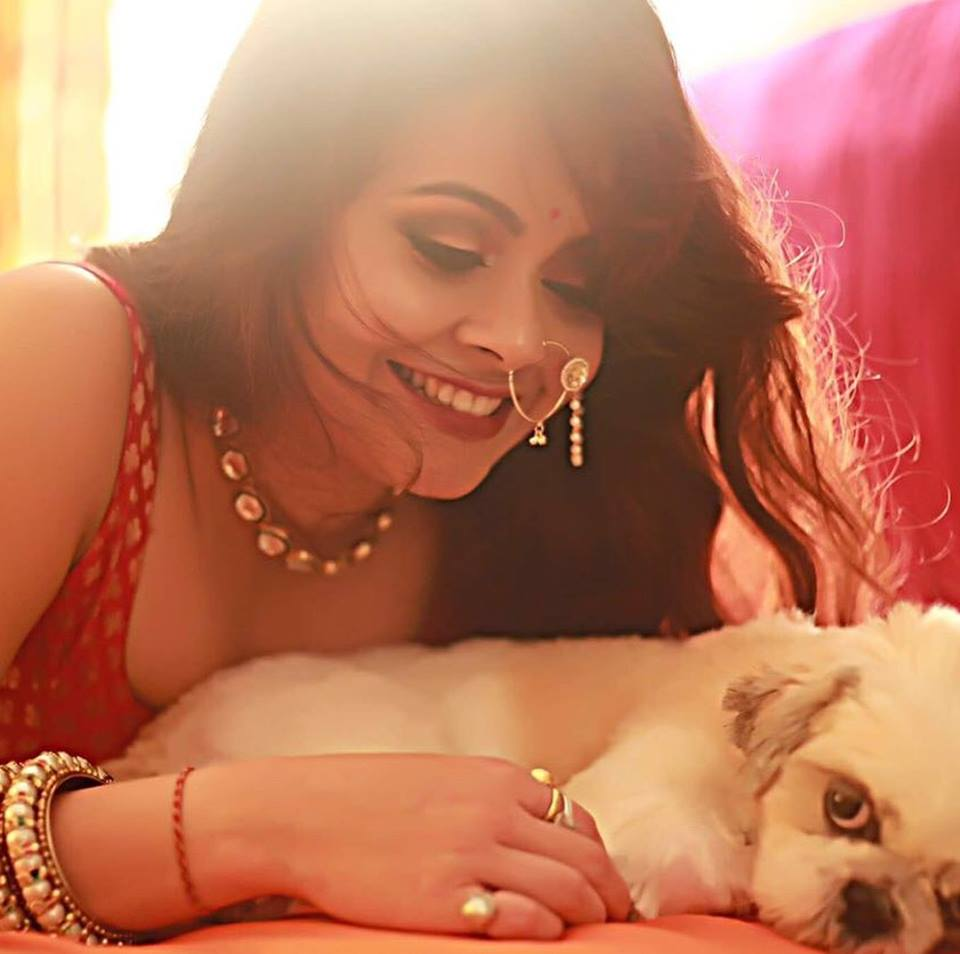 Devoleena Bhattacharjee Sexy Pics With Puppu