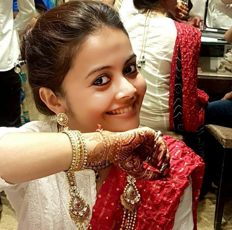 Devoleena Bhattacharjee Sweet Smile Pics