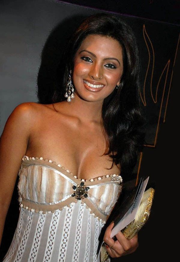 Geeta Basra Hot Wallpapers