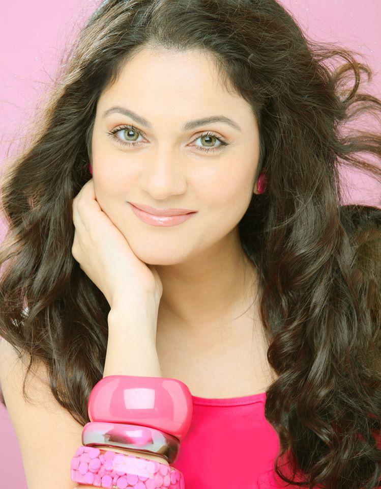 Gracy Singh Bold Pics
