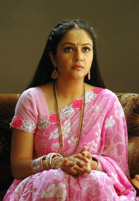 Gracy Singh Images Download For Profile Pics