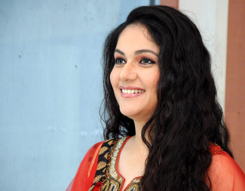 Gracy Singh New Pictures Gallery