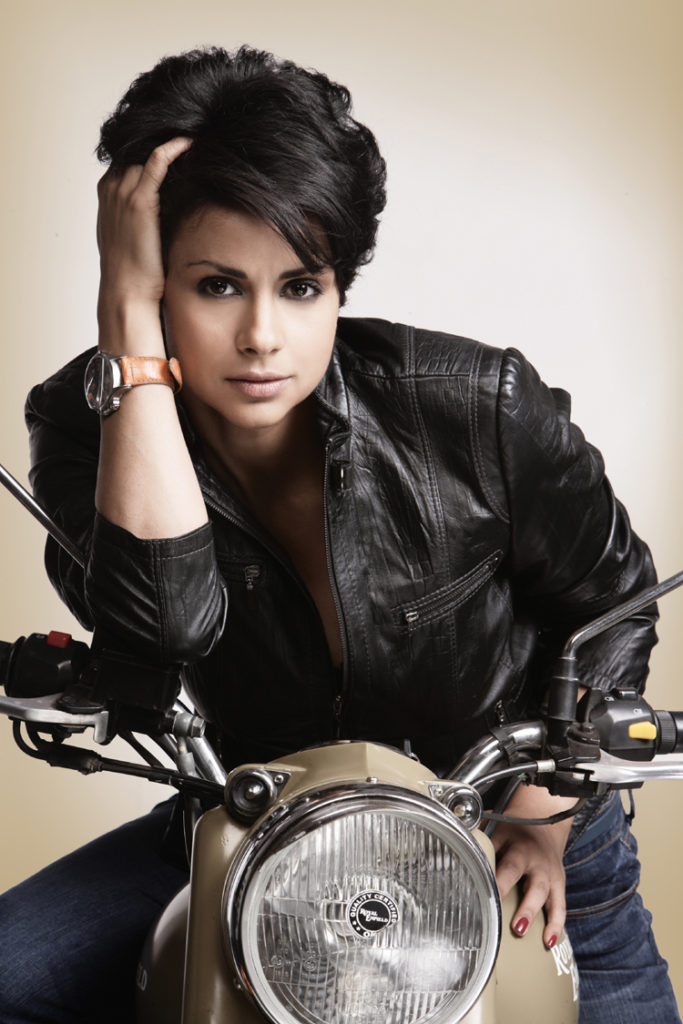 Gul Panag Bold Wallpapers On Bullet