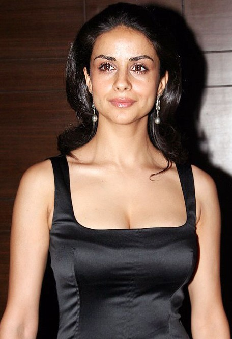 Gul Panag Cute Images Photoshoot