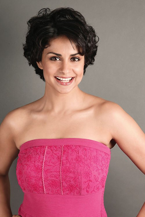 Gul Panag Hot Under Arms Pictures