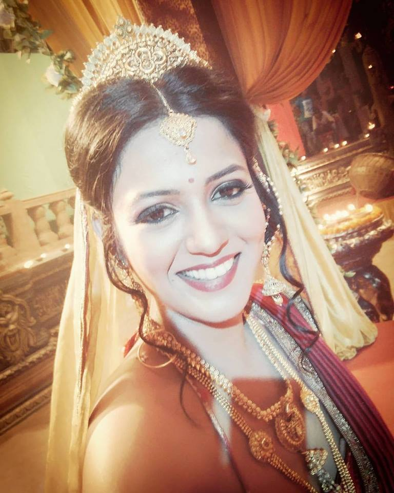 Gulki Joshi Serial Look Pics