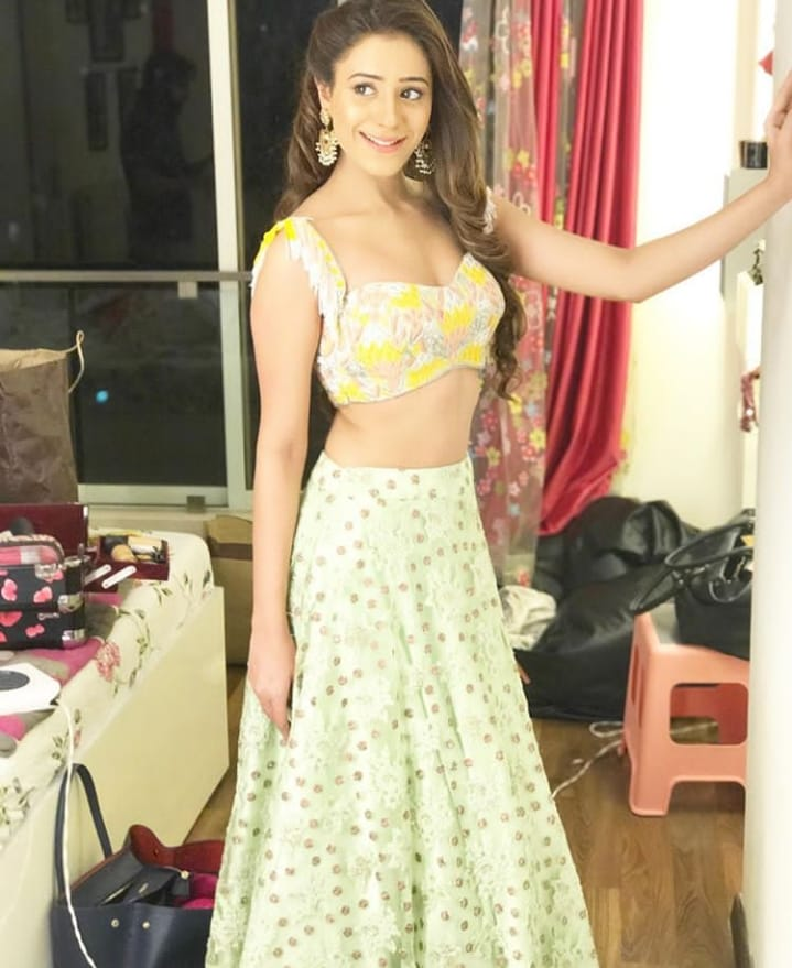 Hiba Nawab Hot Pictures Photoshoot In Gagra Choli