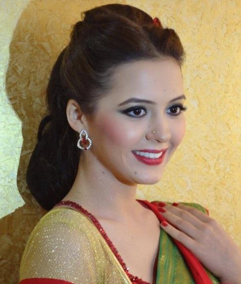 Isha Sharvani Latest Harir Style Wallpapers For Profile Pics