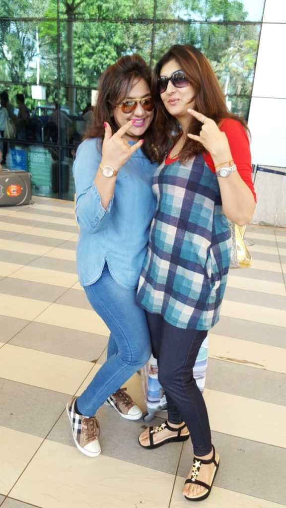 Juhi Parmar Hot In Jeans Top With Friend
